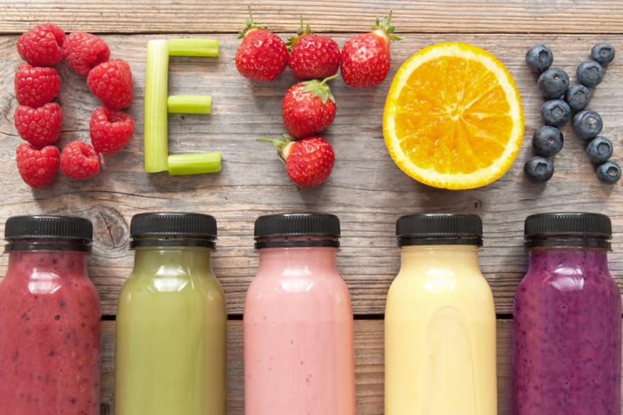 Succhi rimedi detox con frutta e verdura