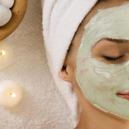 10 maschere viso fai da te per pelle secca