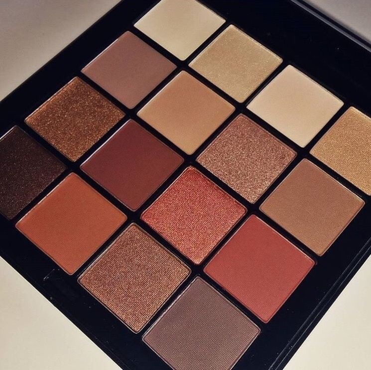 nyx-ultimate-shadow-palette-1