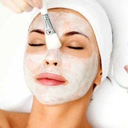 10 DIY FACE MASKS FOR COMBINATION SKIN