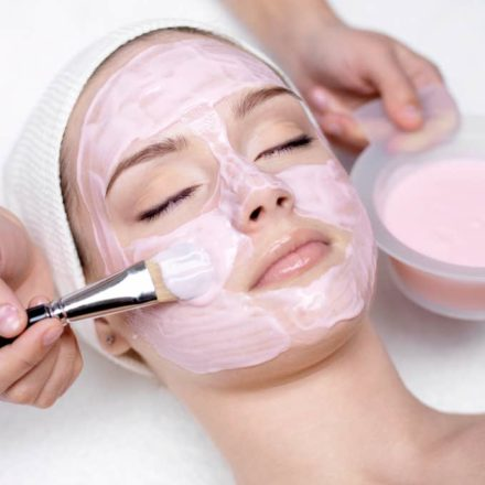 10 easy homemade DIY face masks for dry skin